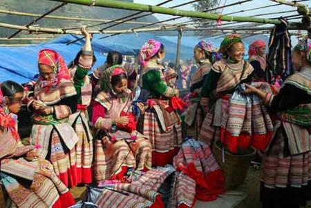 Nouvel An des Mong a Meo Vac, dans la province de Ha Giang hinh anh 2