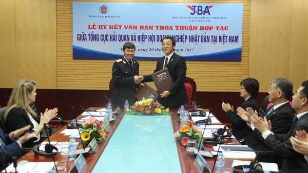 Le Departement general des Douanes renforce la cooperation avec les entreprises japonaises hinh anh 1