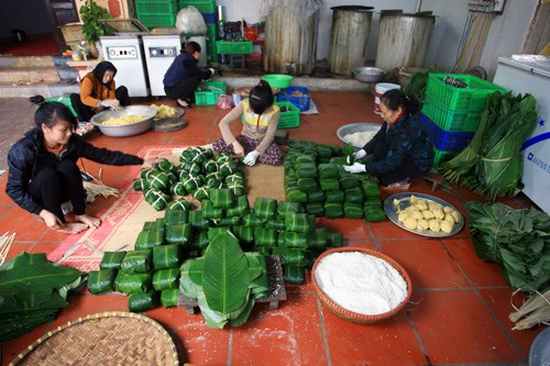 Tranh Khuc : quand « nouvel an » rime avec « banh chung » !... hinh anh 1