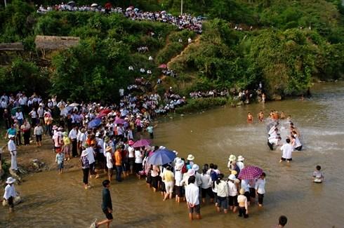 La fete de l'eau des Thai a Lai Chau hinh anh 2