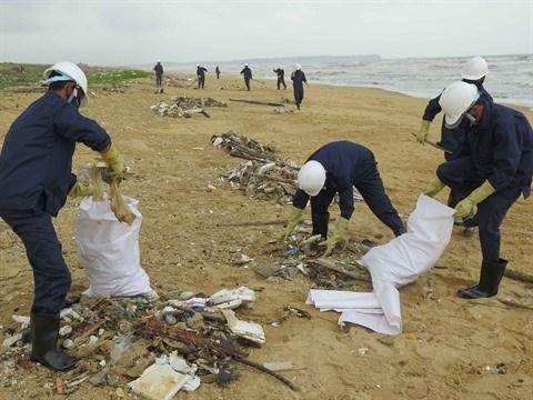 Le tourisme littoral face au defi de la pollution hinh anh 1