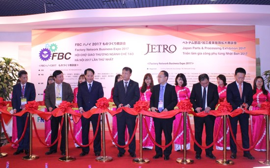 Ouverture de la Factory Network Asia Business Expo 2017 a Hanoi hinh anh 1