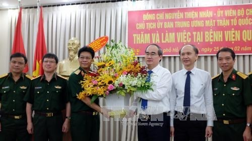 Les medecins vietnamiens a l'honneur hinh anh 1