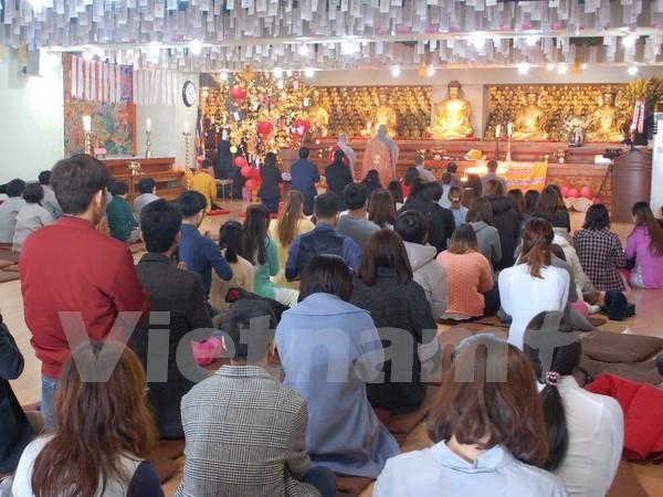 Des bouddhistes vietnamiens en R.de Coree s'orientent vers la mer et les iles du pays hinh anh 1