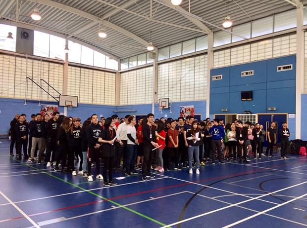 Fete sportive des etudiants vietnamiens au Royaume-Uni hinh anh 1