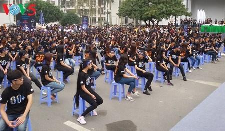 «Heure de la Terre 2017» au Vietnam hinh anh 1