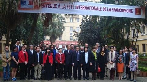 L'Universite de Hanoi, theatre de la Journee internationale de la Francophonie hinh anh 2