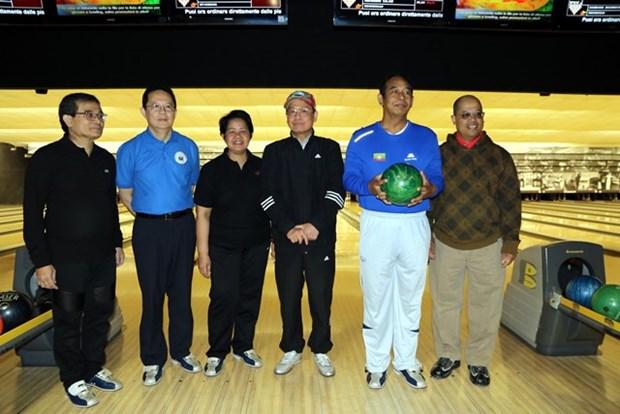 Echange sportif entre ambassades des pays de l'ASEAN en Italie hinh anh 1