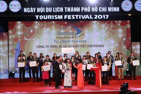 Honorer 100 meilleures marques touristiques de Ho Chi Minh-Ville hinh anh 1