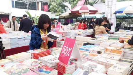 Hanoi donne rendez-vous debut avril pour la quatrieme Journee du livre du Vietnam hinh anh 1