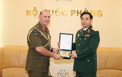 Le Vietnam et la Nouvelle-Zelande renforcent leur cooperation dans l'armee hinh anh 1