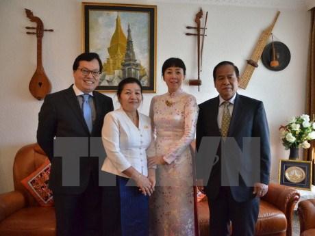 Le Vietnam a la celebration du Nouvel An traditionnel du Laos en Suisse hinh anh 1
