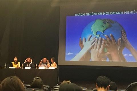 Table ronde sur la responsabilite sociale des entreprises hinh anh 1