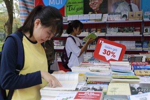 Culture de la lecture : apres les paroles, les actes hinh anh 1