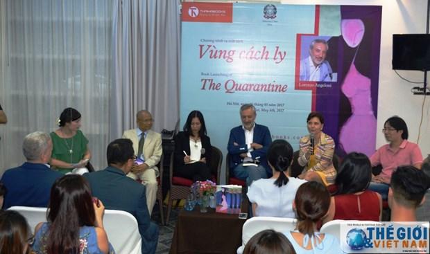 Un diplomate italien publie un roman sur le Vietnam hinh anh 1