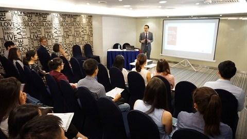 De nombreuses opportunites d'emploi au Salon du travail France - Vietnam 2017 hinh anh 2