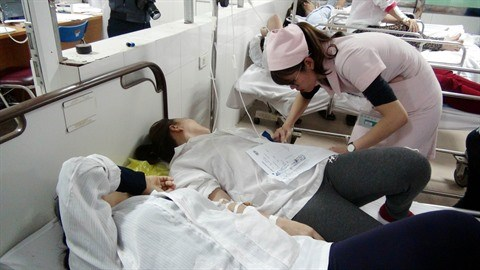 Necessite des infirmiers pour aider les malades hinh anh 1