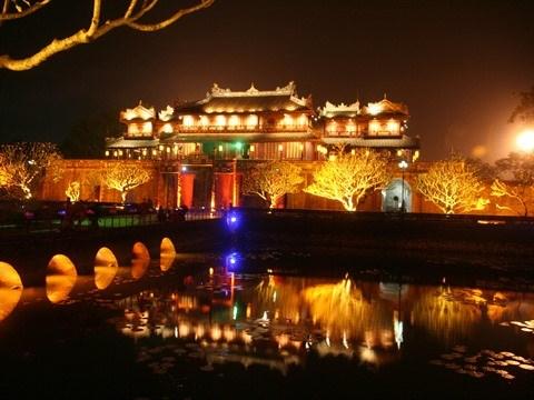 Hue : exploiter les potentiels des patrimoines pour developper le tourisme hinh anh 2
