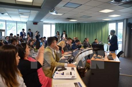 Colloque sur les perspectives d'investissement dans la province de Binh Duong a Paris hinh anh 1
