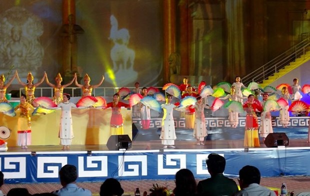 Ouverture du Festival maritime de Nha Trang-Khanh Hoa 2017 hinh anh 1