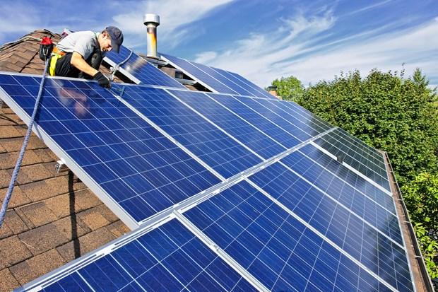 Binh Thuan possede un grand potentiel pour le developpement de l'energie solaire hinh anh 1