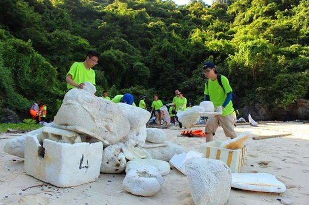 Activites vertes et charitables pendant le Festival de la mer de Nha Trang hinh anh 1