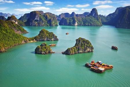 Quang Ninh accueille le dialogue politique de haut niveau sur le tourisme durable de l'APEC 2017 hinh anh 1