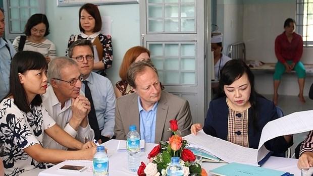 Aide europeenne pour ameliorer la qualite des services de sante a Kon Tum hinh anh 1