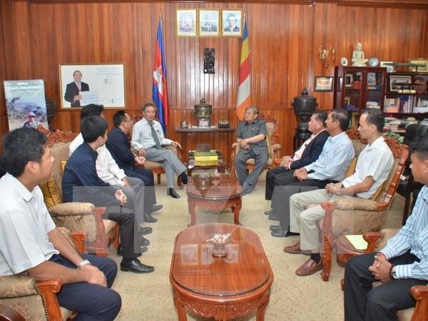 Le Cambodge apprecie la cooperation entre les agences de presse vietnamiennes et cambodgiennes hinh anh 1