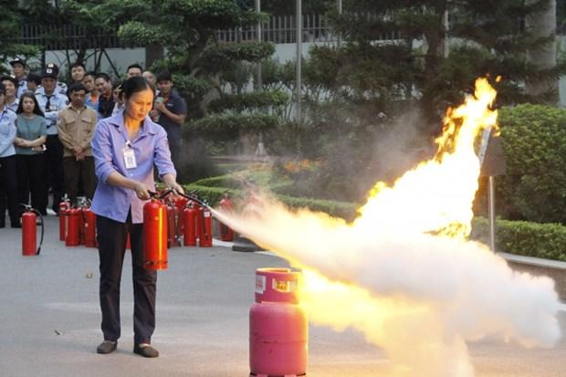 En aout, une expo sur les techniques et moyens de prevention et de lutte contre les incendies hinh anh 1