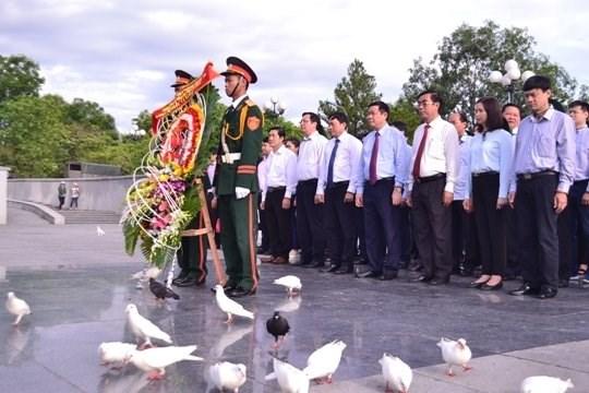 Aux heros morts pour la Patrie, le pays reconnaissant hinh anh 2