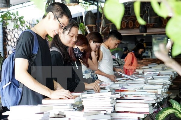 Premiere journee du livre israelien au Vietnam hinh anh 1
