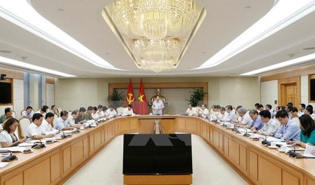 Le vice-Premier ministre Vuong Dinh Hue demande l'examen des districts pauvres hinh anh 1