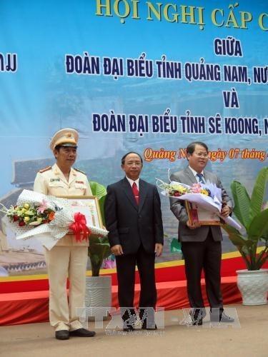 Vietnam et Laos renforcent leur cooperation decentralisee hinh anh 1