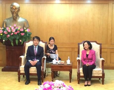 Le Vietnam apprecie le soutien de l'OIT dans l'elaboration des politiques sur le travail hinh anh 1