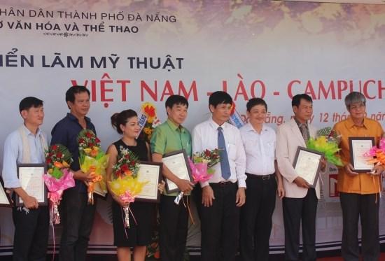 Exposition des Beaux-arts Vietnam-Laos-Cambodge hinh anh 1
