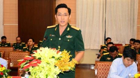 Echange entre les jeunes officiers vietnamiens et cambodgiens hinh anh 1