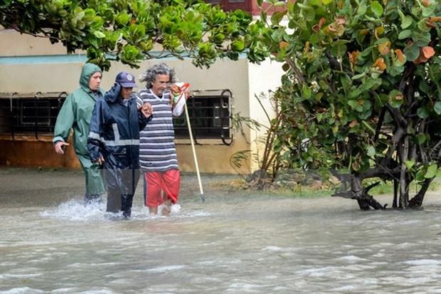 Ouragan Irma : des entreprises vietnamiennes aux cotes des sinistres cubains hinh anh 1