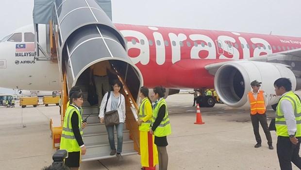 AirAsia ouvre une ligne directe entre Khanh Hoa et Kuala Lumpur (Malaisie) hinh anh 1