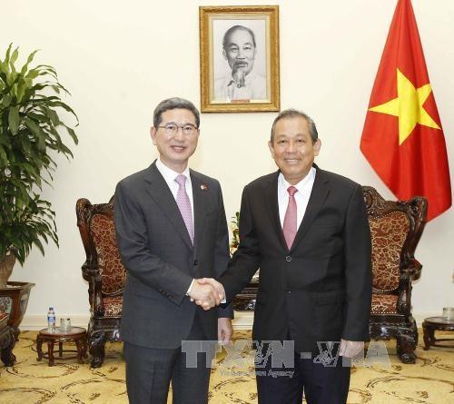 Le Vietnam souhaite approfondir les liens avec la R. de Coree hinh anh 1