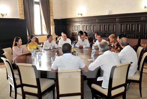 Presse : Vietnam et Cuba partagent leurs experiences professionnelles hinh anh 1