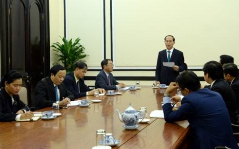 Tran Dai Quang travaille avec des responsables du Conseil consultatif des entreprises de l'APEC hinh anh 1