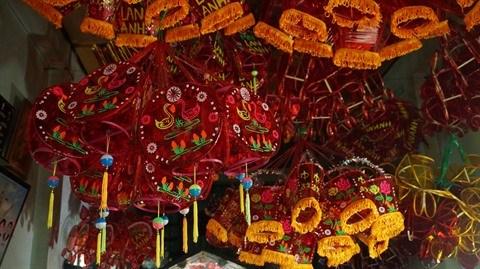 Ho Chi Minh-Ville : un quartier anime pour la mi-automne hinh anh 2