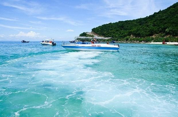 Larguer les amarres a Quang Nam, sur le littoral du Centre hinh anh 1