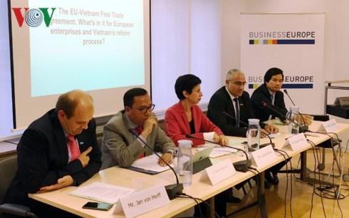 ALE Vietnam-Union europeenne: vers une signature en 2018 hinh anh 1