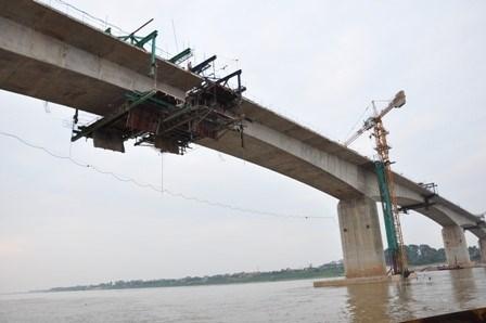 Nam Dinh : mise en chantier du pont Thinh Long hinh anh 1