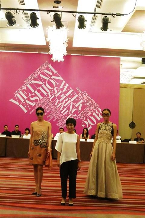 Semaine de la mode printemps-ete 2018 : le textile artisanal a l'honneur a Hanoi hinh anh 4