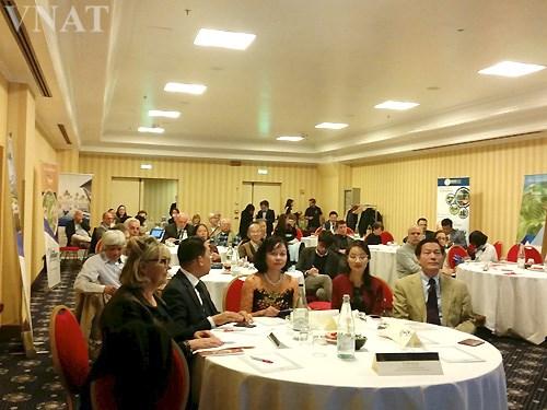 Promotion du tourisme vietnamien en Italie hinh anh 1
