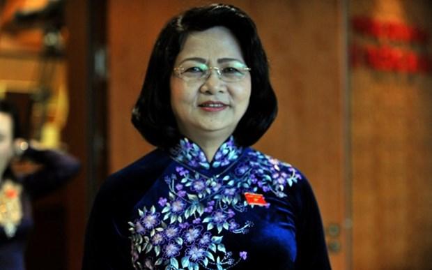 Saluer les contributions d'anciens enseignants Viet kieu en Thailande hinh anh 1