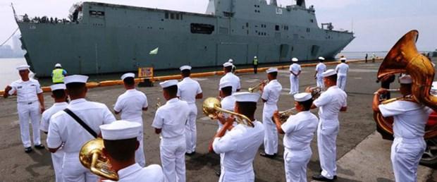 Deux navires de la Marine royale australienne aux Philippines hinh anh 1